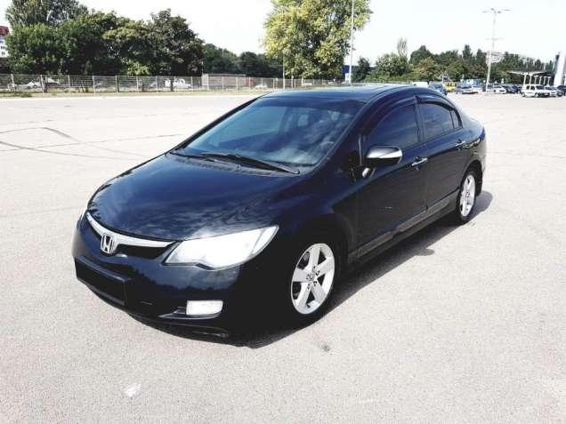 Продам Honda Civic 4D 1.8 Avtomat