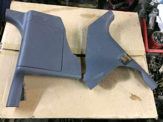 Б/у нижняя накладка,обшивка передней стойки салона Smart Forfour 454,