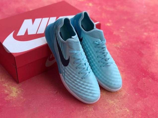 Футзалки Nike Magista TF