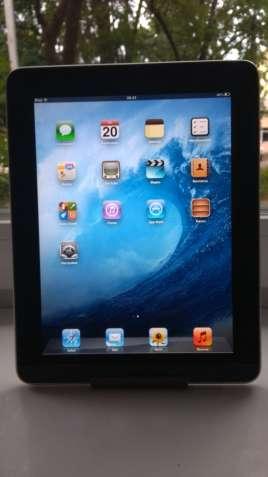 "Продам Apple iPad Wi-Fi 16GB 9.7""!IPS! Чистый iCloud,состояние."