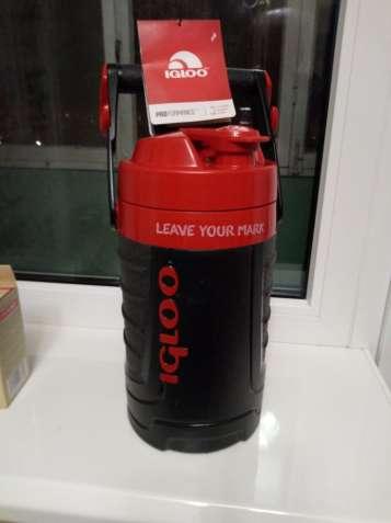 Термос Igloo Proformance новый на 1.9 литра