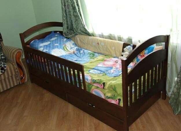 Одноярусная кровать с ящиками Карина.