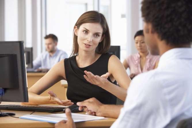 Менеджера по работе с клиентами