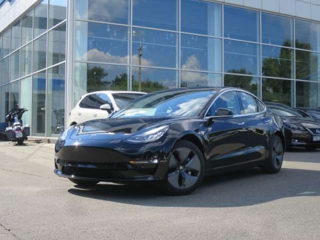Tesla Model 3 Long Range 75 Premium