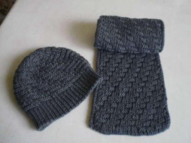 Шапочка и шарфик для мальчика