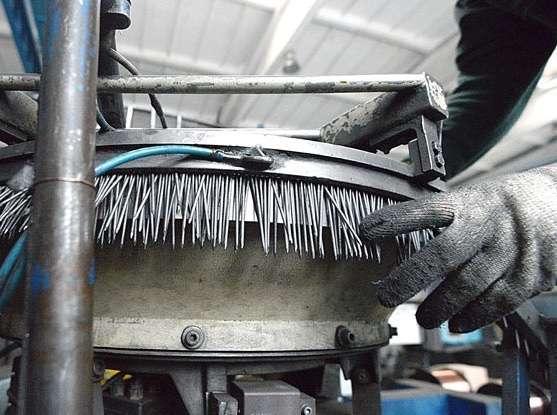 Работа для мужчин разнорабочими в Чехии на производстве гвоздей
