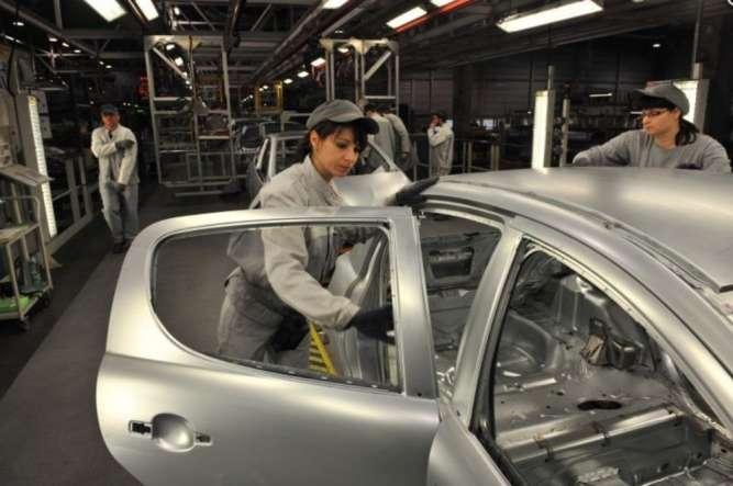 Оператор на монтаж авто на завод Пежо Словакия PSA Peugeot Citroen