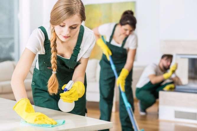 Срочно требуется уборщица в заведение