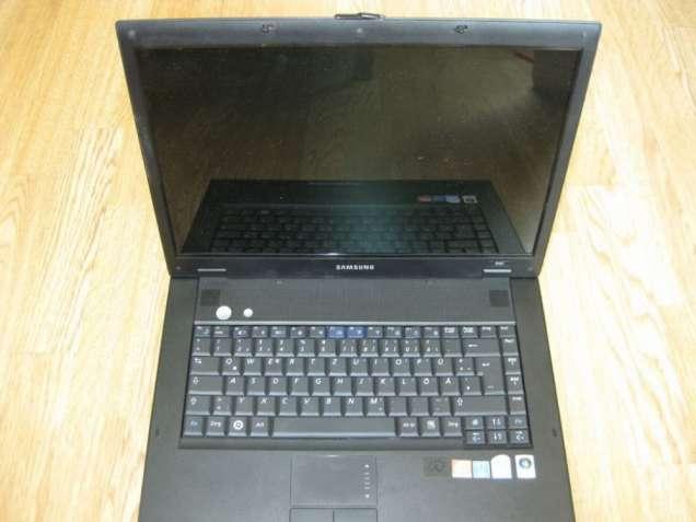 Ноутбук Samsung NP-R60 из германии нерабочий