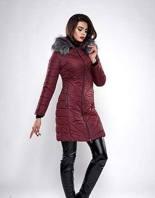 Зимняя женская молодежная куртка. Код К-132-36-19. ecf1fcfa9389e
