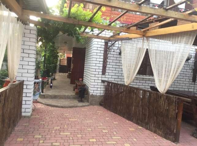 Гостевой Дом « Солнечный» в Каролино-Бугазе на ст. Студенческая