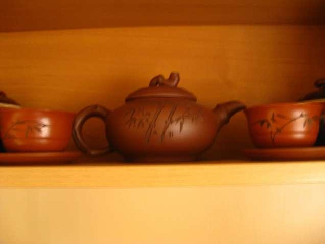 Продам чайник для заваривания чая и пиалы 2 шт