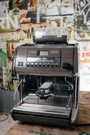 Акція! Кавомашина La Cimbali S3 Кавомашина кофемашина кавоварка кофева
