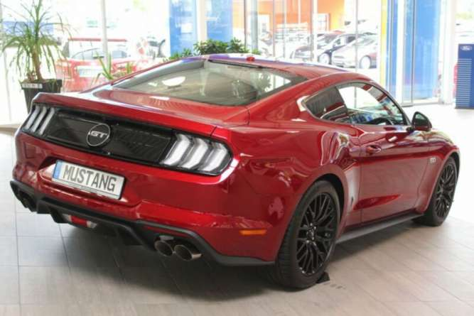 Ford Mustang 5.0 FASTBACK GT - изображение 2