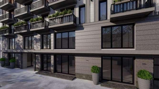 В продаже однокомнатная квартира-студия в новом доме в центре города.