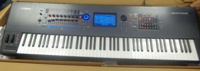 Yamaha Montage 8 - 88-Key Workstation Synthesizer