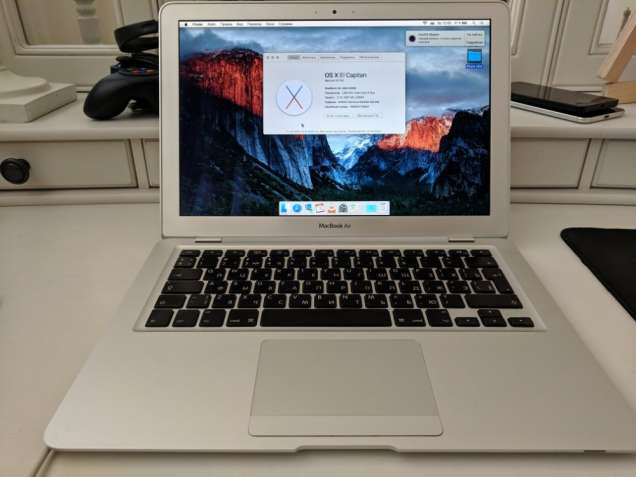 "MacBook Air 13"" 2009 (RAM 2 ГБ / HDD 120 ГБ / GeForce 9400M)"