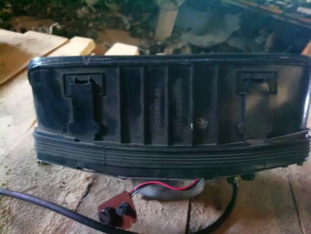 Mercedes W123 спидометр приборный щиток Tacho Clock 87 001 050 - зображення 2