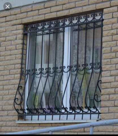 Решетки на окна, металлические двери