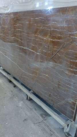 Мрамор с нашего склада  —это идеальный материал для внутренней отделки