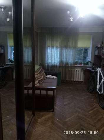 Продам 2 к Лукьяновка, КПИ, ул.Коперника 29, комнаты раздельные