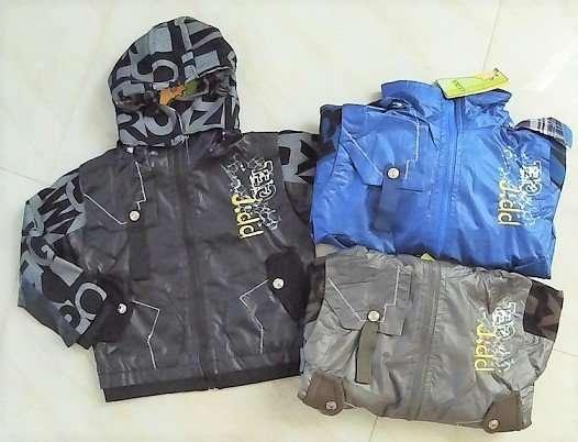 Легкая куртка 3-7 лет в наличии