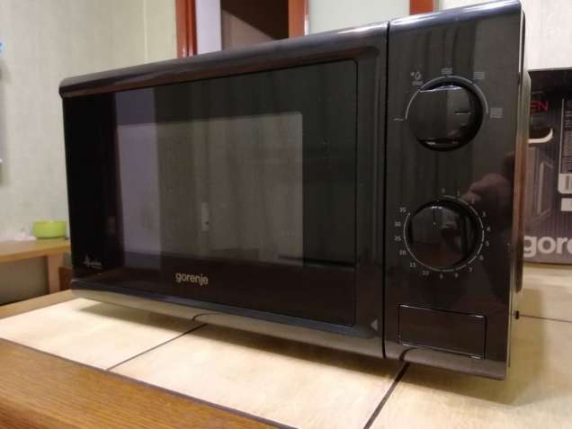 Продам микроволновую печь GORENJE MMO 20 MWII