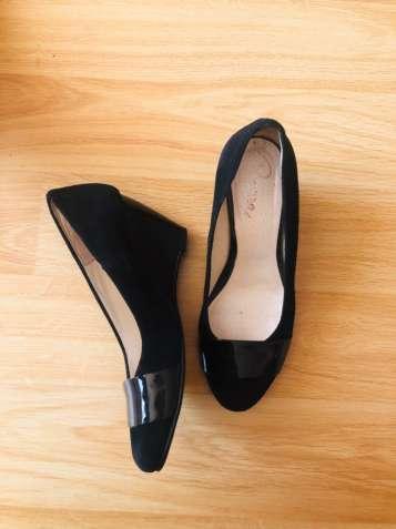 Туфлі Piazza