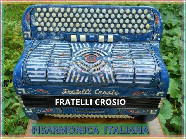Итальянский пятирядный, фирменный баян ручной работы.