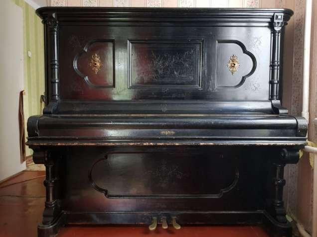 Продам фортепиано Ronish.