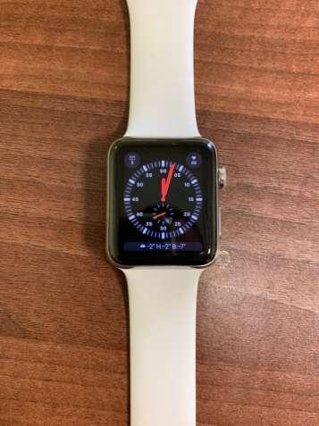 Продам Apple Watch Series 3 42mm Stainless Steel