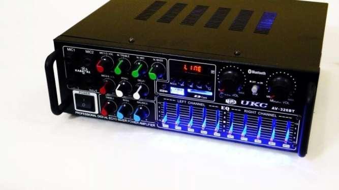 Усилитель UKC / MAX AV-326Bt, USB, Bluetoth КАРАОКЕ 4 микрофона