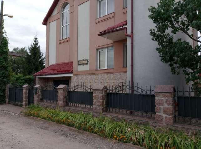 Продам 3-х этажный дом р-н Маслениковка