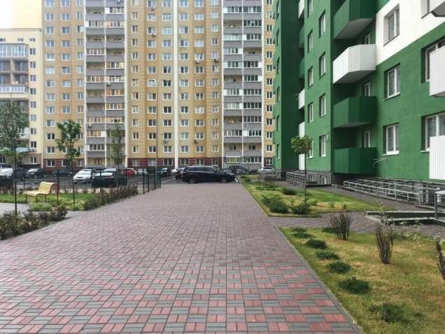 Без комісії! приміщення 118м2, н/ф,  ЖК Амурський, Ломоносова 36
