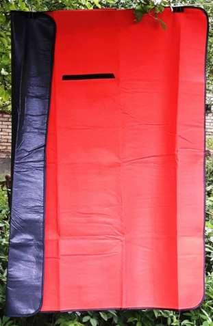 Коврик для пикника водонепроницаемый 124 х 148 см.