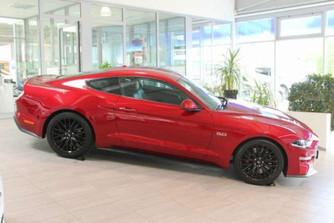 Ford Mustang 5.0 FASTBACK GT