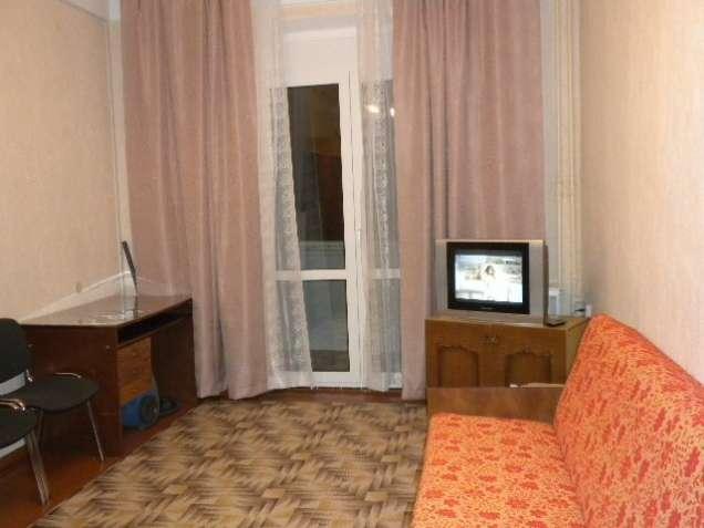 Комната в общежитии ст.м.Политехнический ин-т, Лукьяновская 5мин. ходу