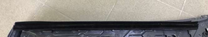 Уплотнитель карты двери зад лев Chevrolet Bolt EV 42438243