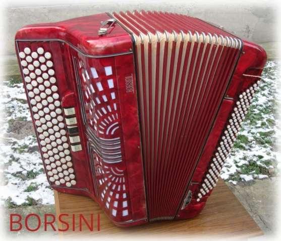 Borsini- итальянский четырехголосый баян, гриф-В, вес- 10 кг.