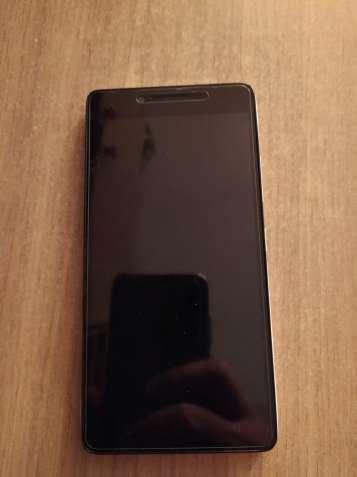 Продам смартфон Lenovo a6010 white