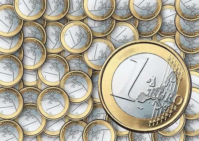 Обменять ЕВРО монеты Фунты Злотые Кроны Франки Рубли и др.монеты