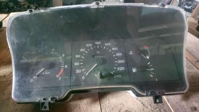 Панель приборов бензин механ с тахом FORD SCORPIO 85-94