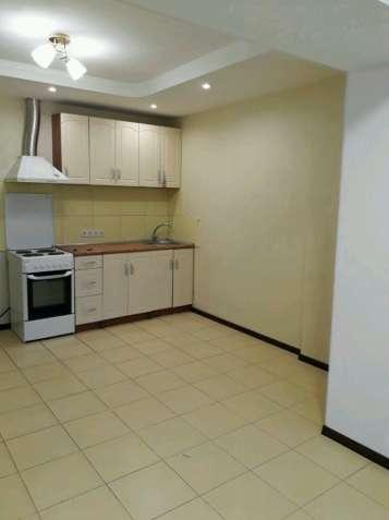 Двухкомнатная квартира с хорошим ремонтом - зображення 5