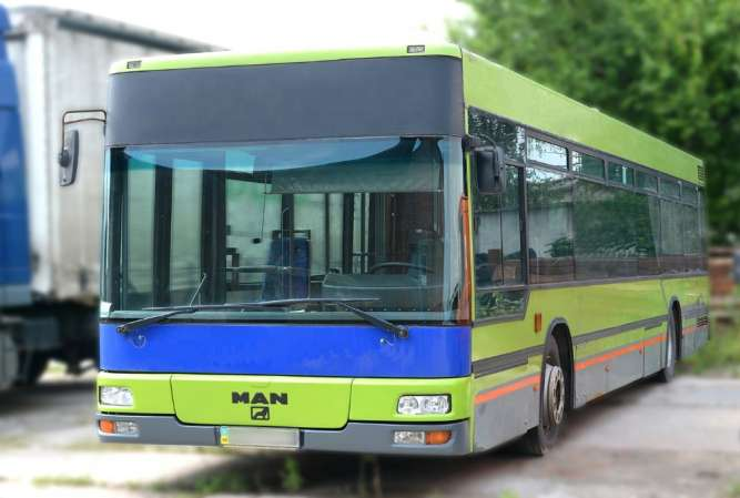 Продам  автобус  MAN NL263F