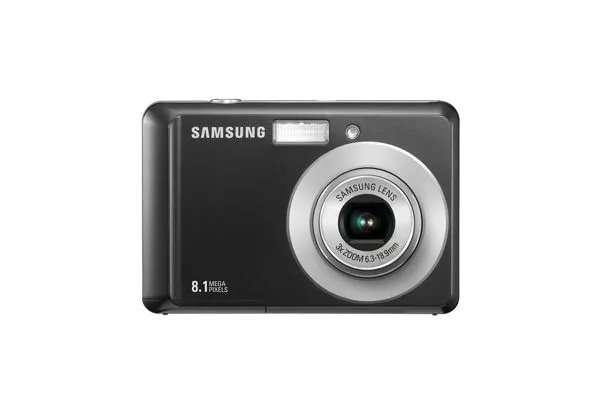 Цифровой фотоаппарат Samsung ES10 сумочка-чехол + карта памяти 8Гб