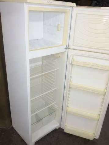 Продам б/у холодильник в отличном состоянии
