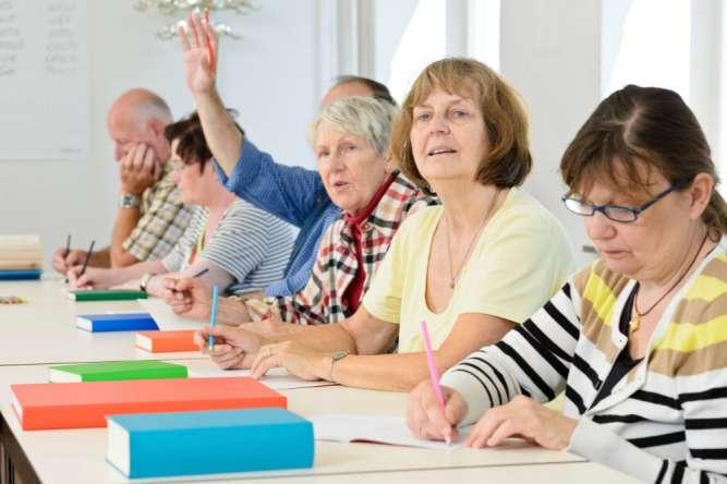 Учитель английского язука для пенсионеров