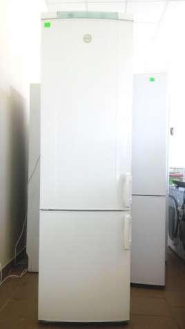 Двух компрессорный холодильник ELECTROLUX ER4052. Привезен из Германии