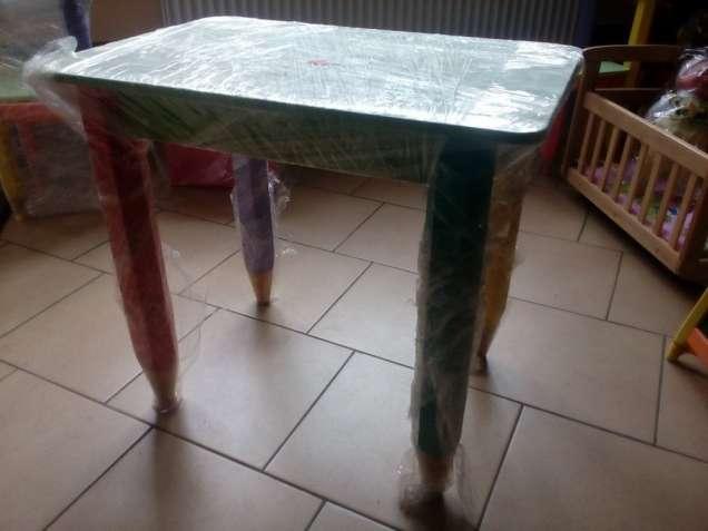 Столик Карандашики 60*60 см (цвет столешницы-салатовый) 100008