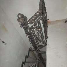 Ковані вироби ворота огорожі сходи перила дашки івано-франківськ.